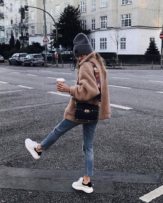 С чем модно носить всевозможные шубы зимой - 2018