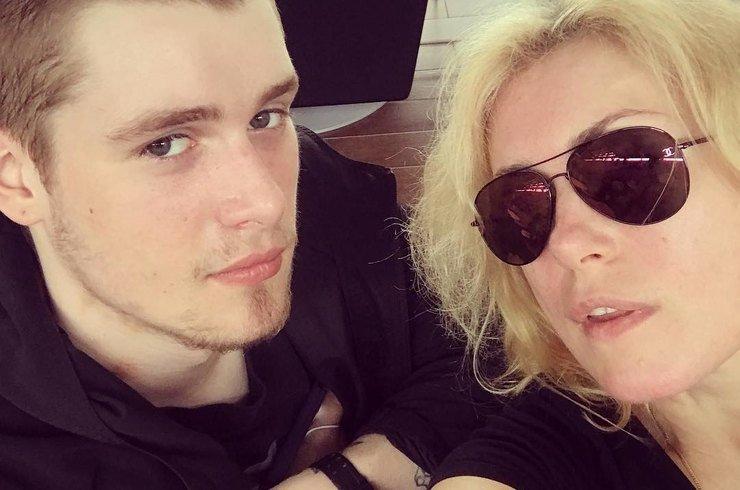 Сын Марии Шукшиной пропал после скандала с бывшей девушкой