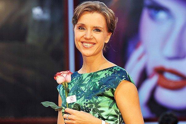 Алферова вмешалась в громкий скандал одной из косметических организаций