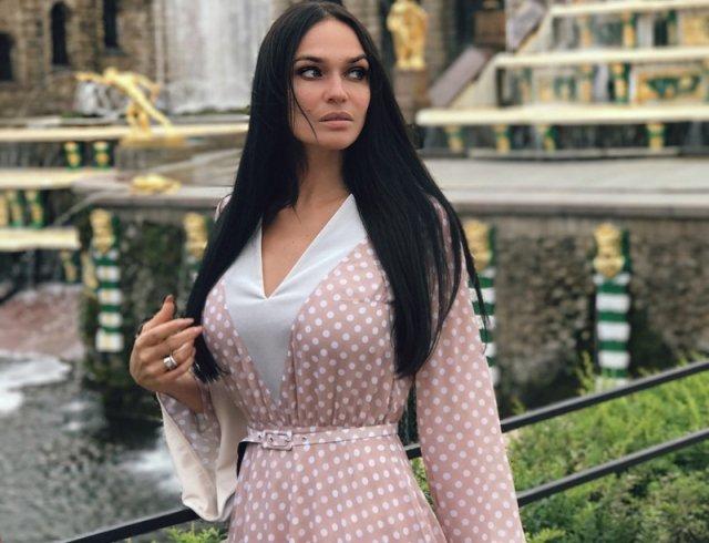 Алена Водонаева считает выпивших россиян мерзкими