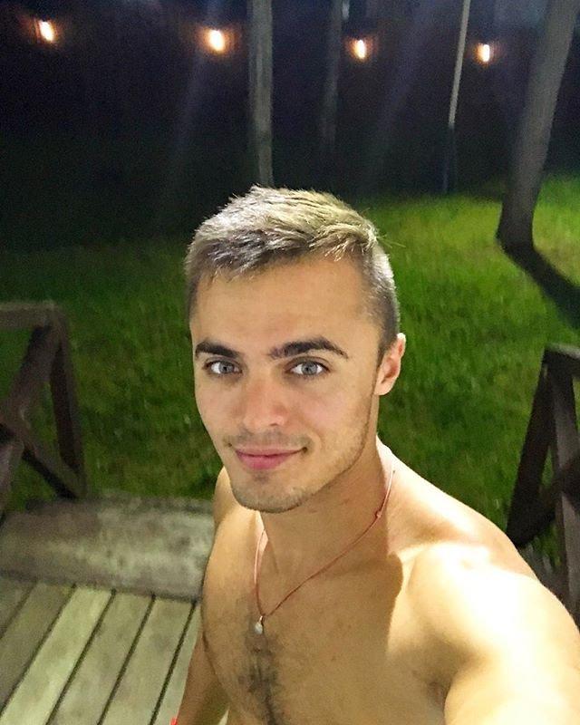 Алексей Купин идет на поправку после укуса гусеницы