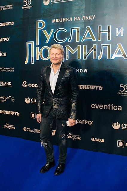 Песков, Киркоров, Жасмин и другие на ледовом шоу Татьяны Навки - Фото №2