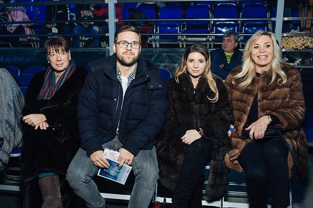 Песков, Киркоров, Жасмин и другие на ледовом шоу Татьяны Навки - Фото №3