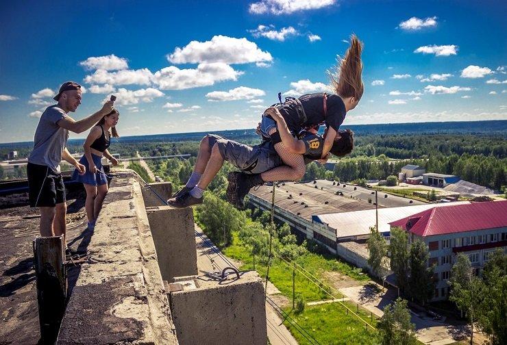 Экстремальный прыжок закончился реанимацией для пары из Томска