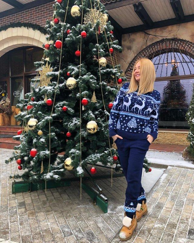 Дарья Пынзарь в бикини  показала, как растирается снегом