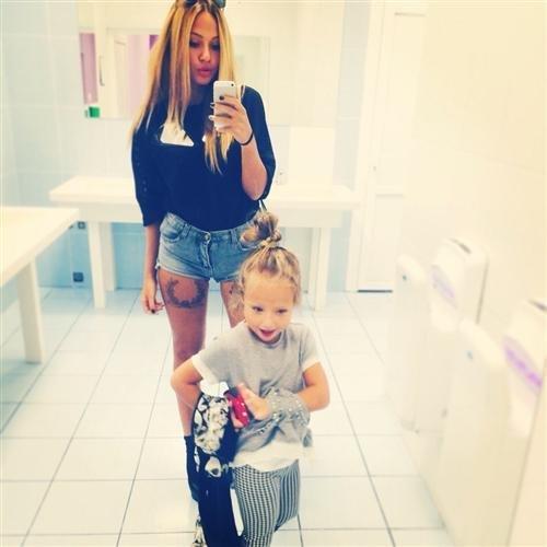 Лиза Триандафилиди готова уйти из шоу «Дом 2» ради дочери