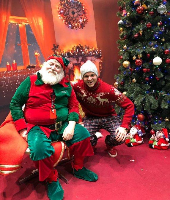 Антон Гусев и Виктория Романец проводят романтические каникулы в Праге - Фото №3