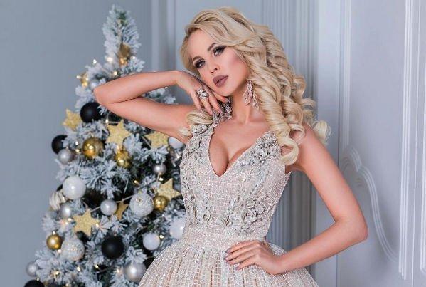 Погребняк, Шишкова и другие знаменитости с кукольной внешностью - Фото №4
