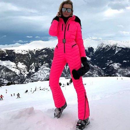 Селебрити, предпочитающие активный отдых на зимних каникулах - Фото №6