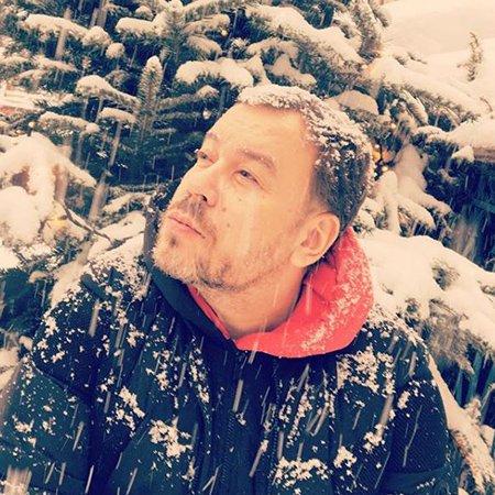Селебрити, предпочитающие активный отдых на зимних каникулах - Фото №3