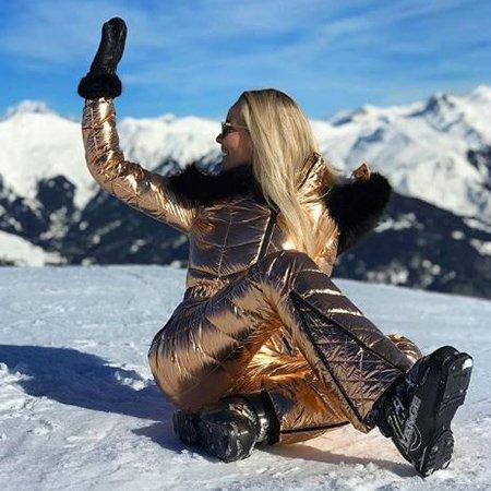 Селебрити, предпочитающие активный отдых на зимних каникулах - Фото №5