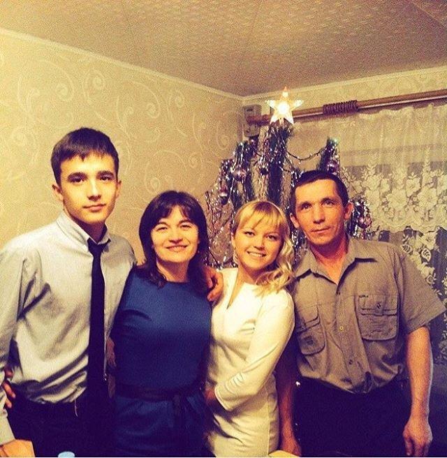 Друг Семенова заявил, что Диана Шурыгина предоставляет эскорт услуги с 14 лет
