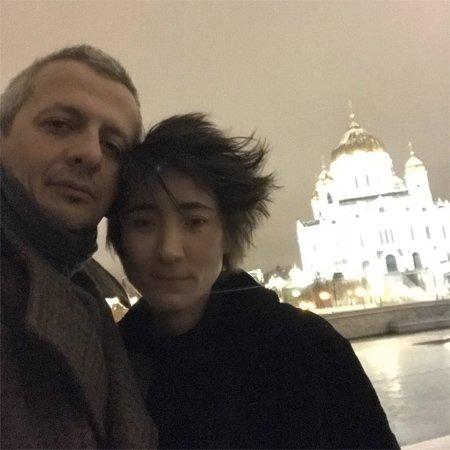 Рената Литвинова провела день рождения с близкими людьми - Фото №4