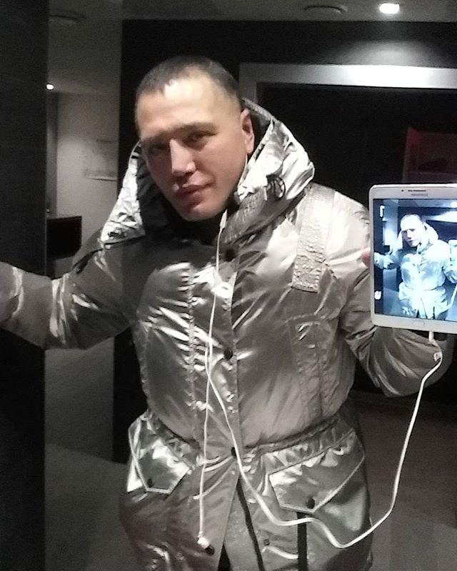Рустам Солнцев сцепился с  Романом Гриценко