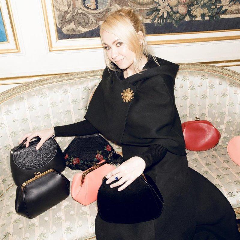 Фоловеры раскритиковали Яну Рудковскую и назвали её косолапой