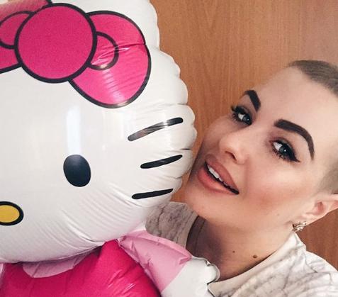 Больная раком Елена Степунина хочет вернуться на работу