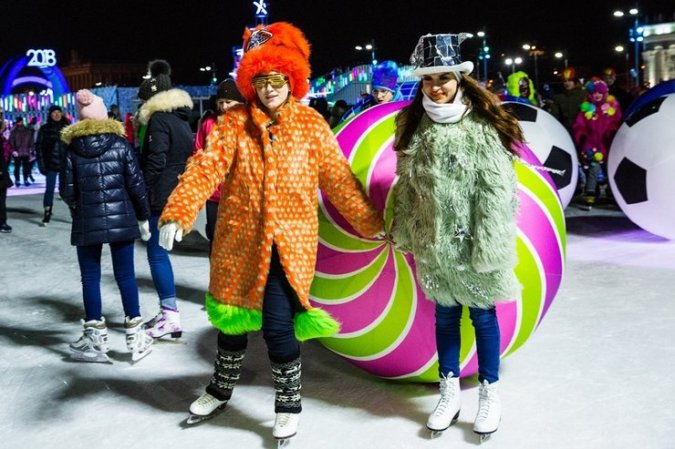 Константин Хабенский устроил маскарад на льду - Фото №4