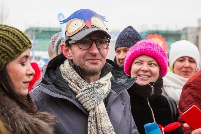 Константин Хабенский устроил маскарад на льду - Фото №8