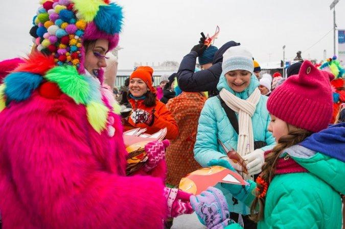Константин Хабенский устроил маскарад на льду - Фото №7