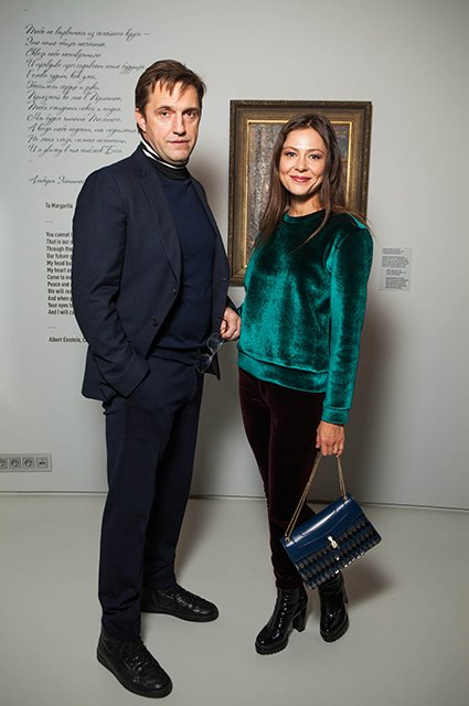 Лядова, Учитель, Долецкая и другие на выставке «Жёны» - Фото №1