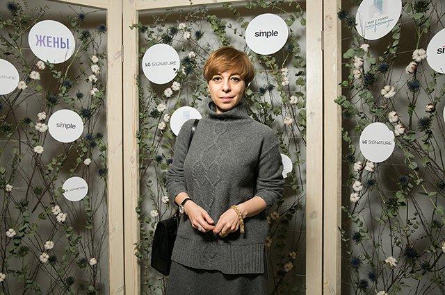 Лядова, Учитель, Долецкая и другие на выставке «Жёны» - Фото №10