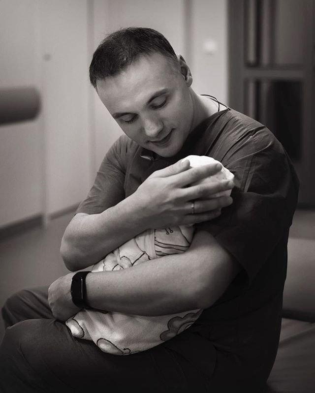 Родившая Настя Лисова показала первое видео с малышкой