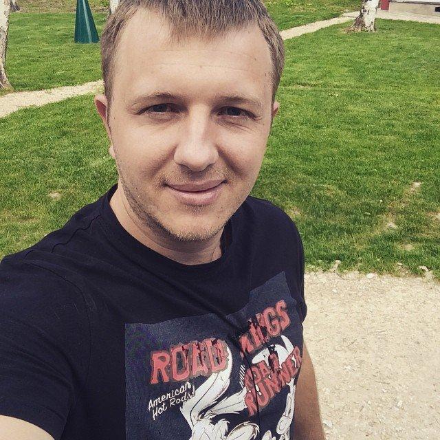Яббаров на коленях просил Рапунцель и Дмитренко принять его в семью