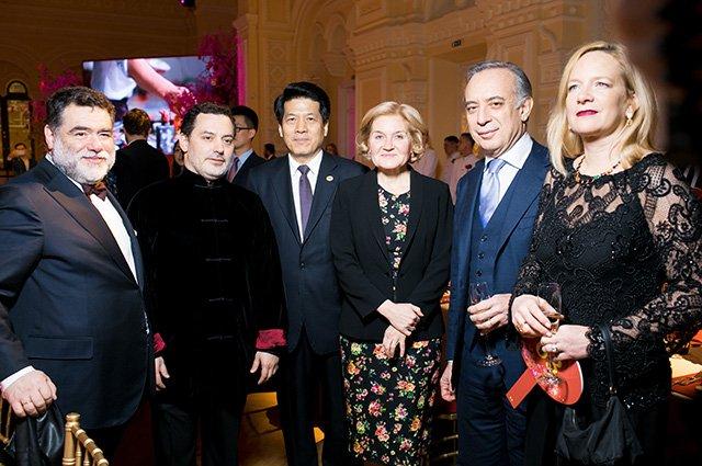Знаменитости на открытии выставки в честь китайского Нового года в ГУМе - Фото №8