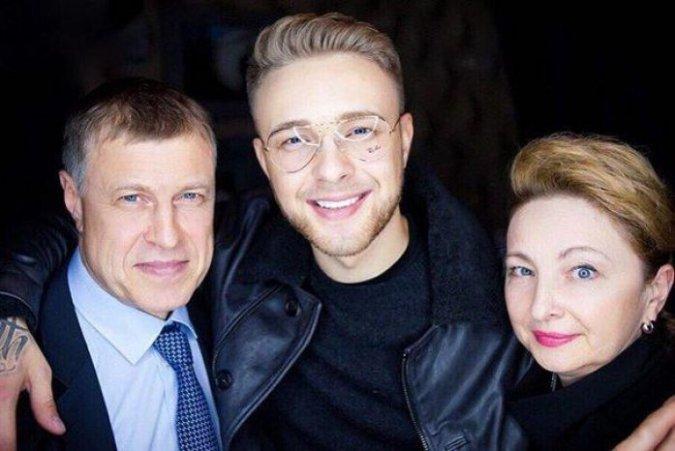 Золотая молодёжь: кто из знаменитостей может похвастаться богатыми родителями - Фото №3