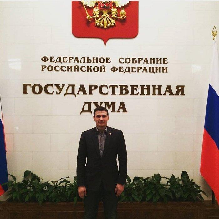 Избившего DJ Smash депутата намерены исключить из «Единой России»