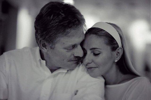 Как селебрити отпраздновали День всех влюблённых - Фото №7