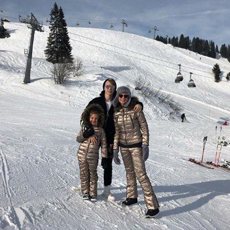 Навка, Орбакайте, Слуцкер отдыхают в Австрии - Фото №3
