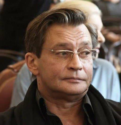 Александр Домогаров пожаловался на предательство коллег