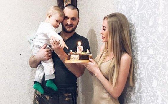 Алексей Самсонов признался в любви к супруге