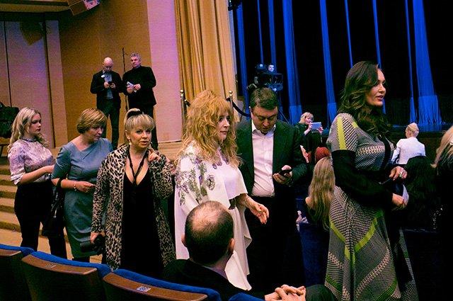 Киркоров, Пугачева, Орбакайте и другие на шоу Валентина Юдашкина
