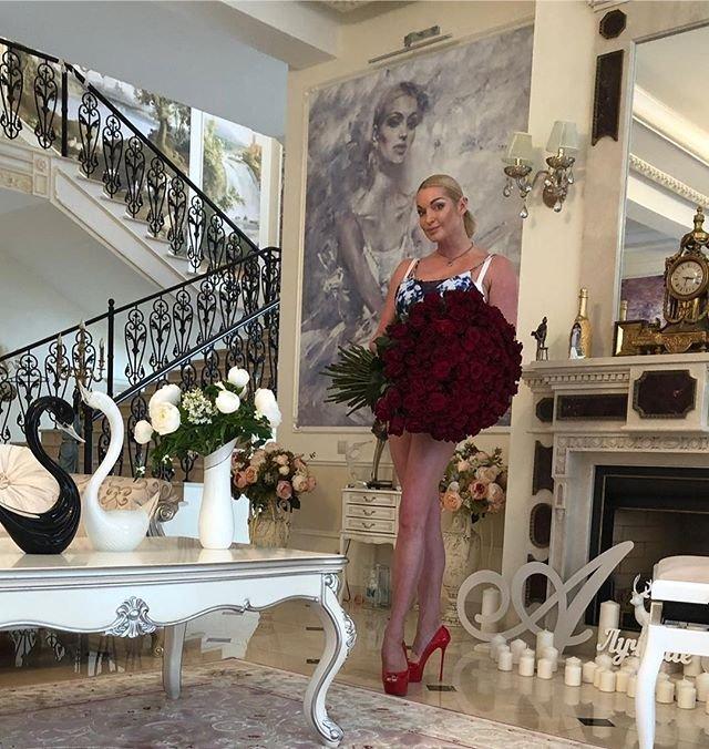 Подписчики Анастасии Волочковой не оценили танец балерины
