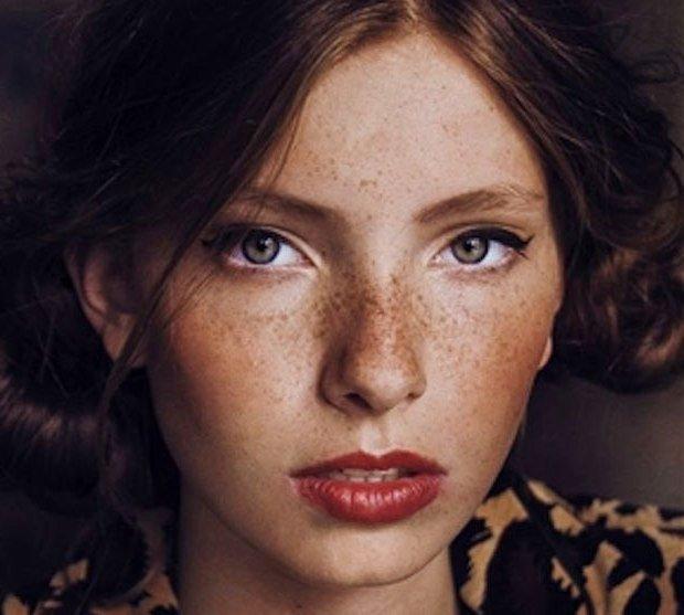 Как сделать макияж на веснушки 231