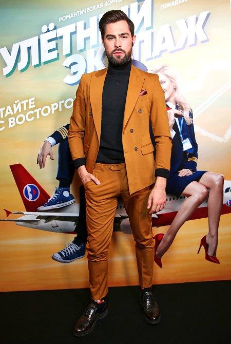 Звёзды на премьере нового комедийного сериала «Улётный экипаж» - Фото №7