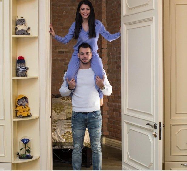 Лиля Четрару и Сергей Захарьяш похвастались своей квартирой
