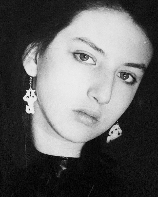 Алика Смехова в 16 лет была невероятной красоткой