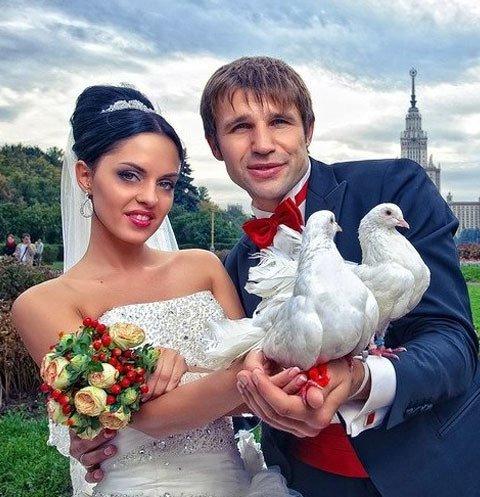 Юля Ефременкова назвала причины развода с известным актером