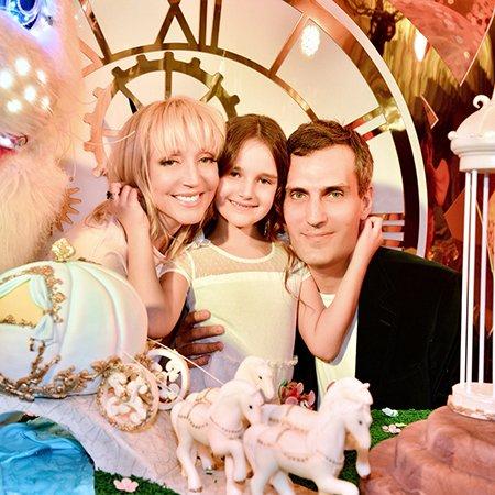 Звезды отметили день рождения дочери Кристины Орбакайте - Фото №4