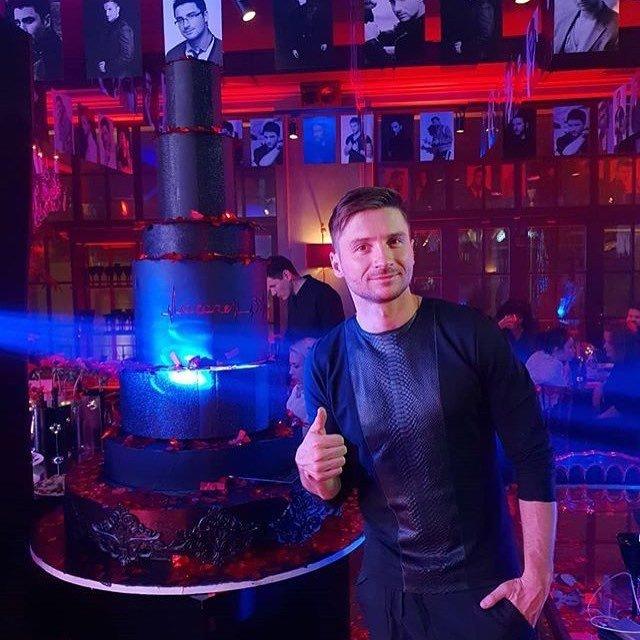 Сергей Лазарев отпраздновал день рождения в кругу друзей - Фото №5