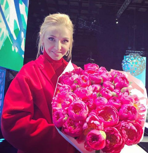Татьяна Навка пригласила звёздных друзей на день рождения