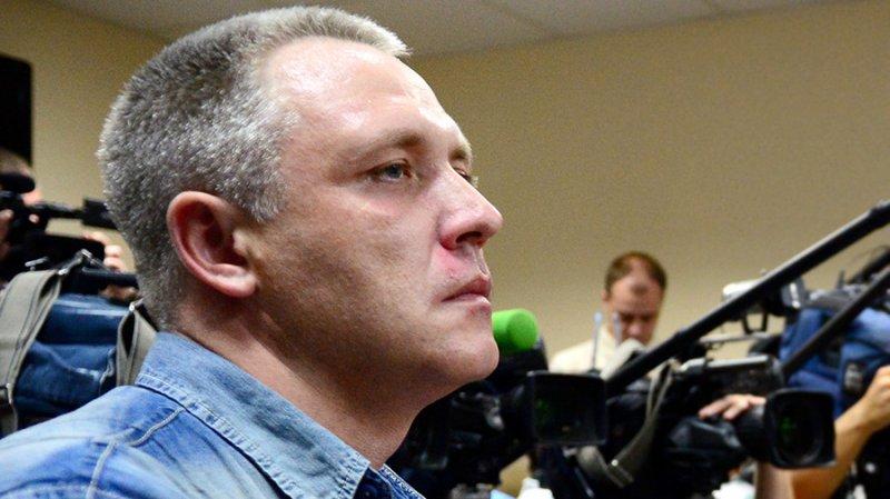 Отец «пьяного мальчика» обвинил потерявшего семью на пожаре в Кемерово Игоря Вострикова в том, что он плохо скорбит