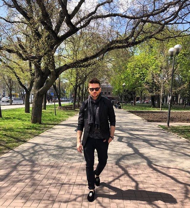 После просмотра видео в Сети Сергей Лазарев разыскивает двойника