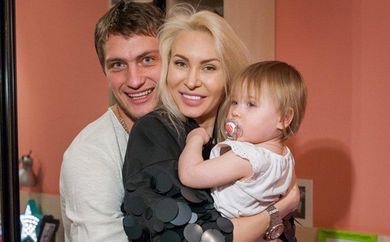 Дочь Задойнова и Камирен растет копией отца