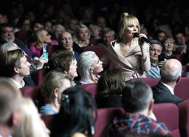 Валерия отпраздновала пятидесятилетие на сцене - Фото №7