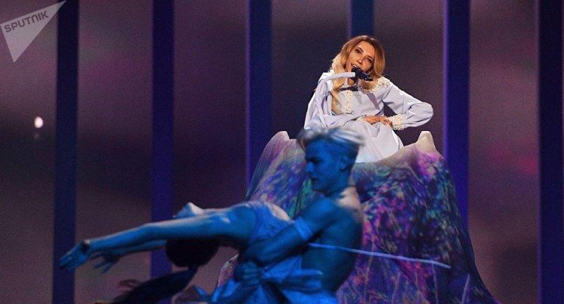 Юлия Самойлова забыла текст песни во время выступления на «Евровидении»
