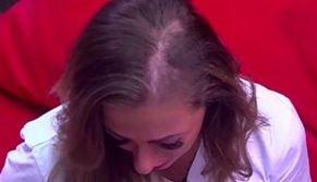 Зрители смеются над лысеющей Катей Родиной